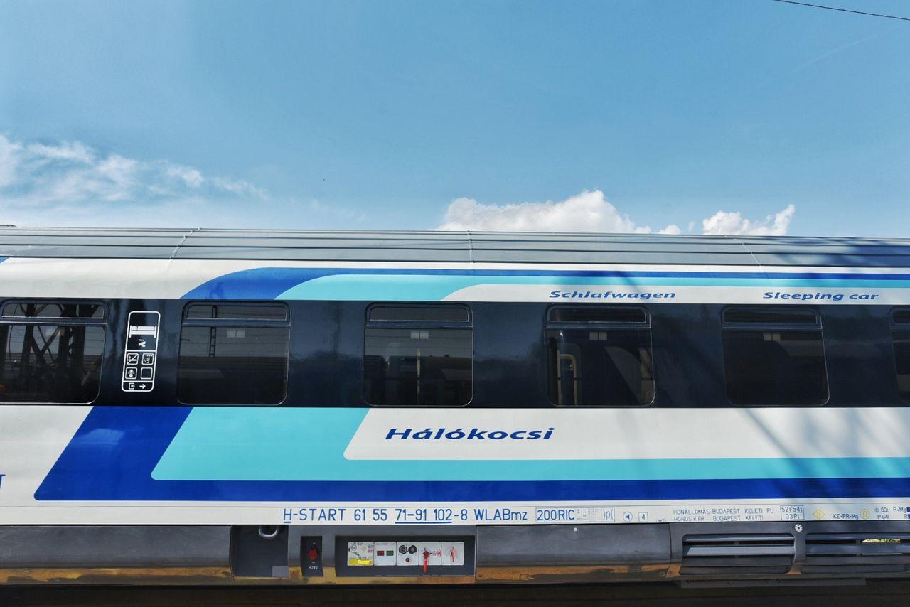 Elkészült a MÁV-Start első megújult CAF-hálókocsija (fotó: MÁV-Start Zrt.)