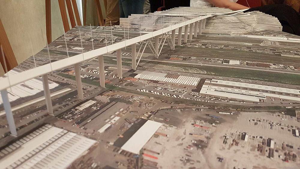 Maketten az új híd
