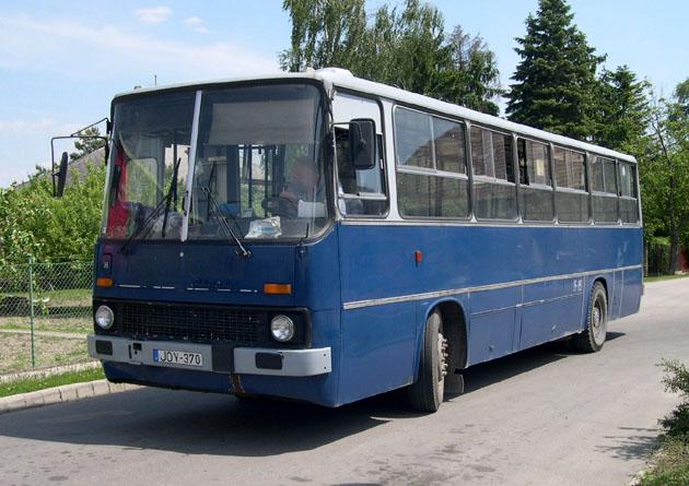 Archív kép Dunaharasztiból, egy ex-BKV-s 260-assal, még a Ventona Kft. üzemeltetésében. A legígéretesebb változások ebben a városban várhatóak