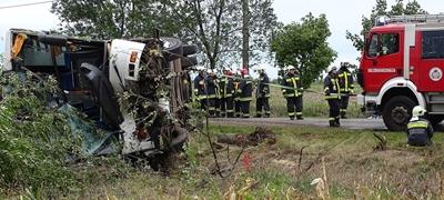 Súlyos buszbaleset Tótkomlósnál