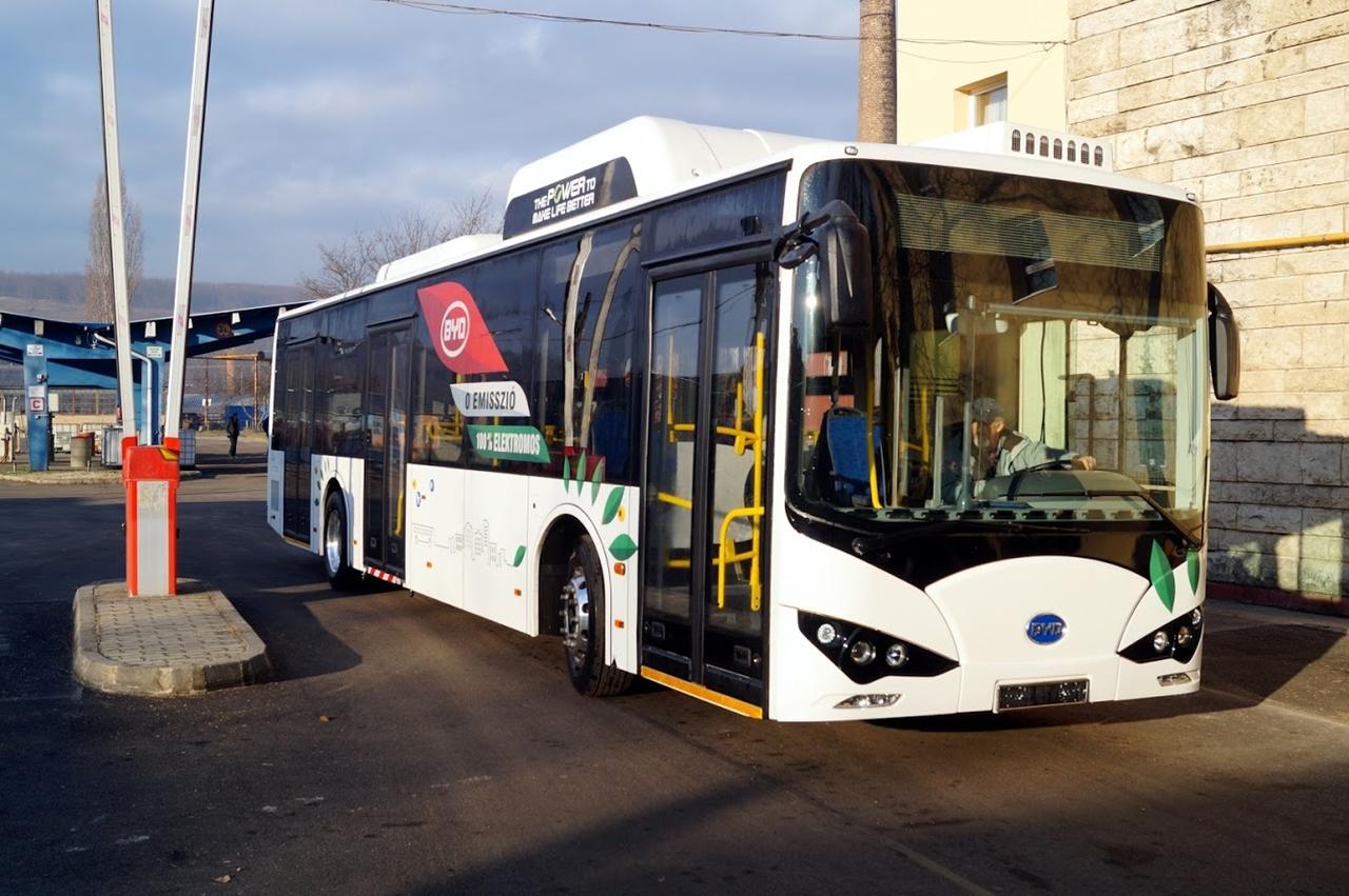 2020 és 2029 között 36 milliárd forintot szán a kormány környezetbarát, elsősorban elektromos üzemű városi autóbuszok beszerzésére (kép forrása: Pressinform)