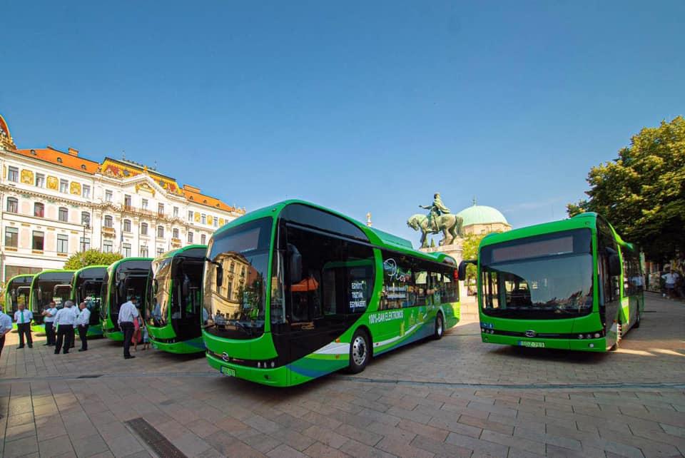 Átadták Pécs tíz új, elektromos BYD-autóbuszát