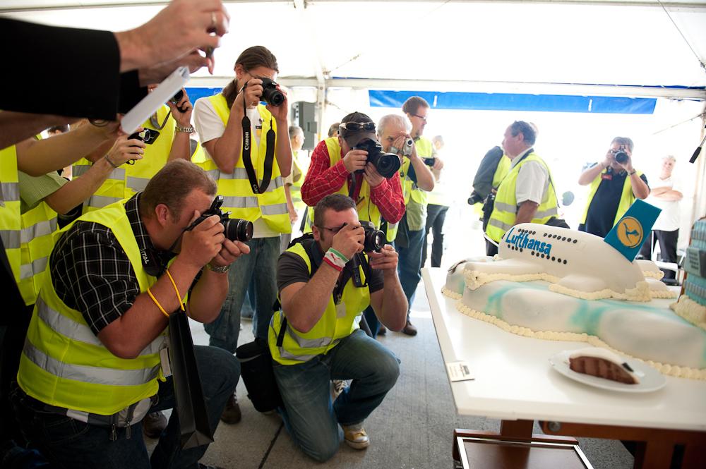 A380 – először csak tortaként érkezett. A galériában Somogyi-Tóth Péter fotói