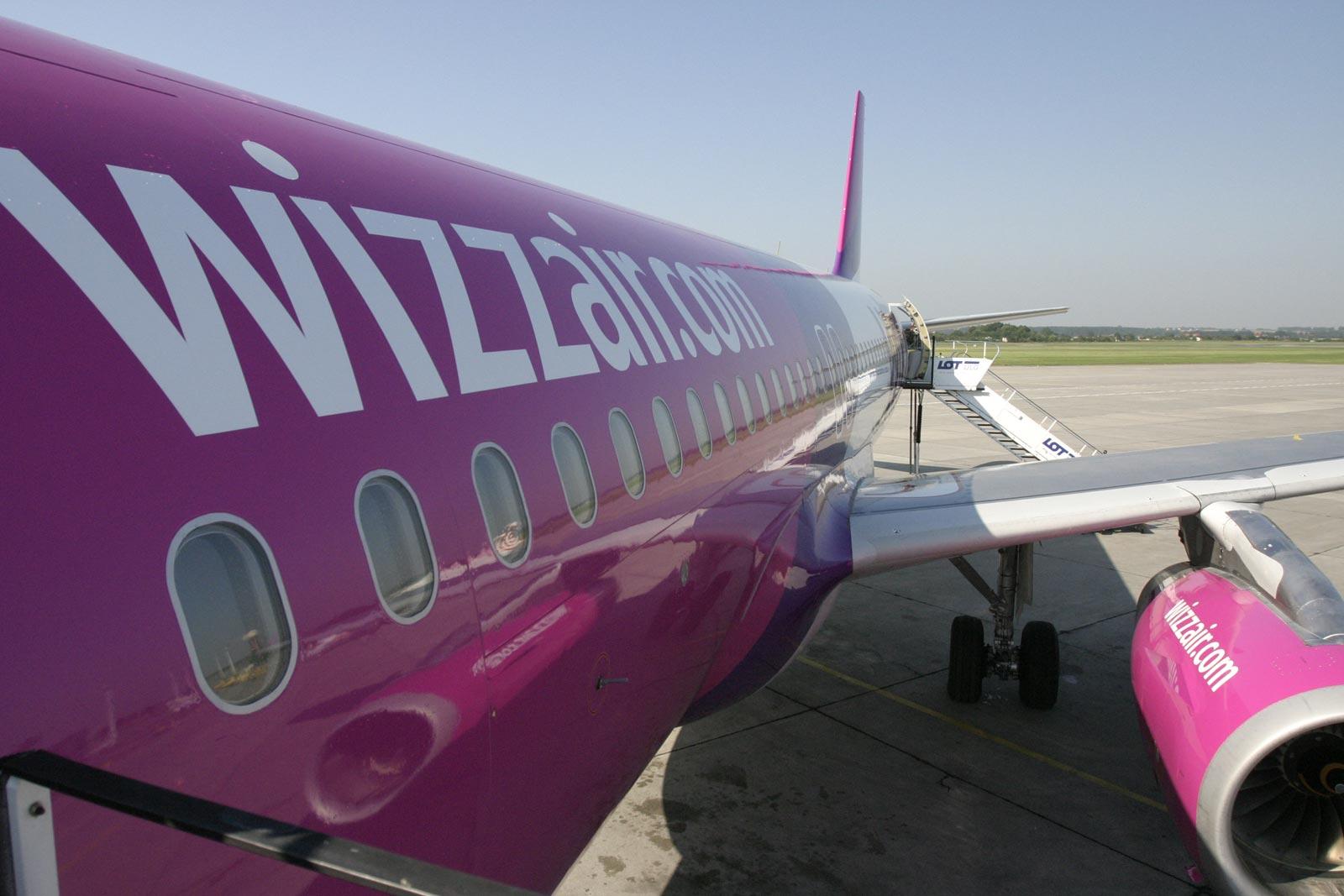 6e405f277a97 Eddig 33 célállomásra repültek Budapestről, és 2,5 millió székkapacitást  értékesítettek évente. A vadonatúj géppel együtt összesen 300 millió eurót  ...