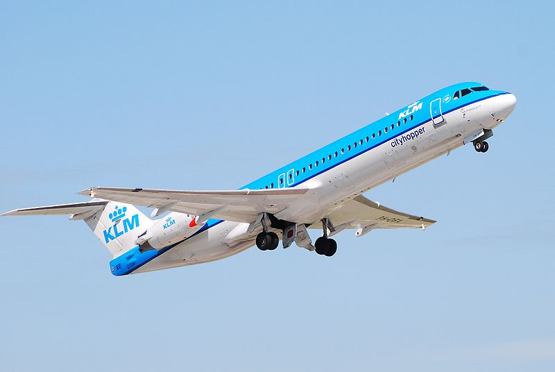 Fokker 100-as a KLM színeiben