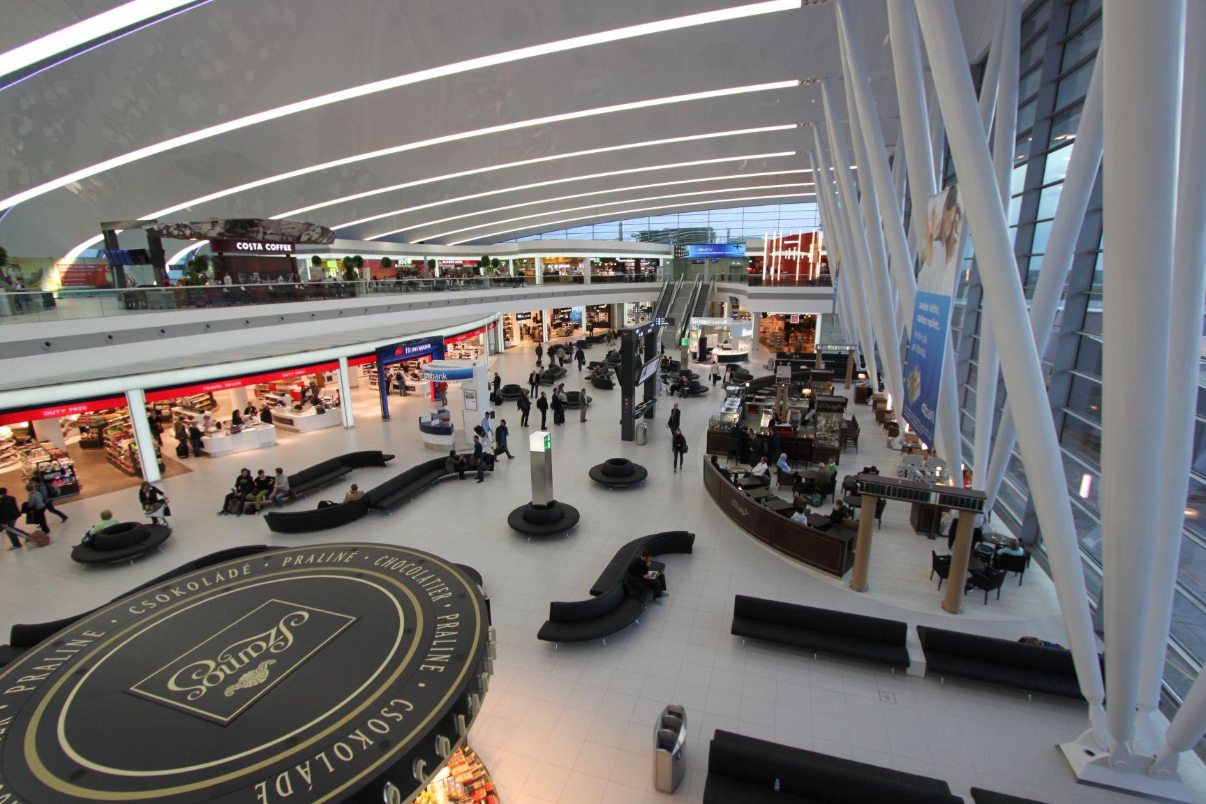 Aeroporto Budapest : Iho repülés budapest reptér az élmezőnyben