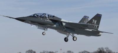 Repül a Boeing/Saab kiképző: forrósodik a T-X verseny