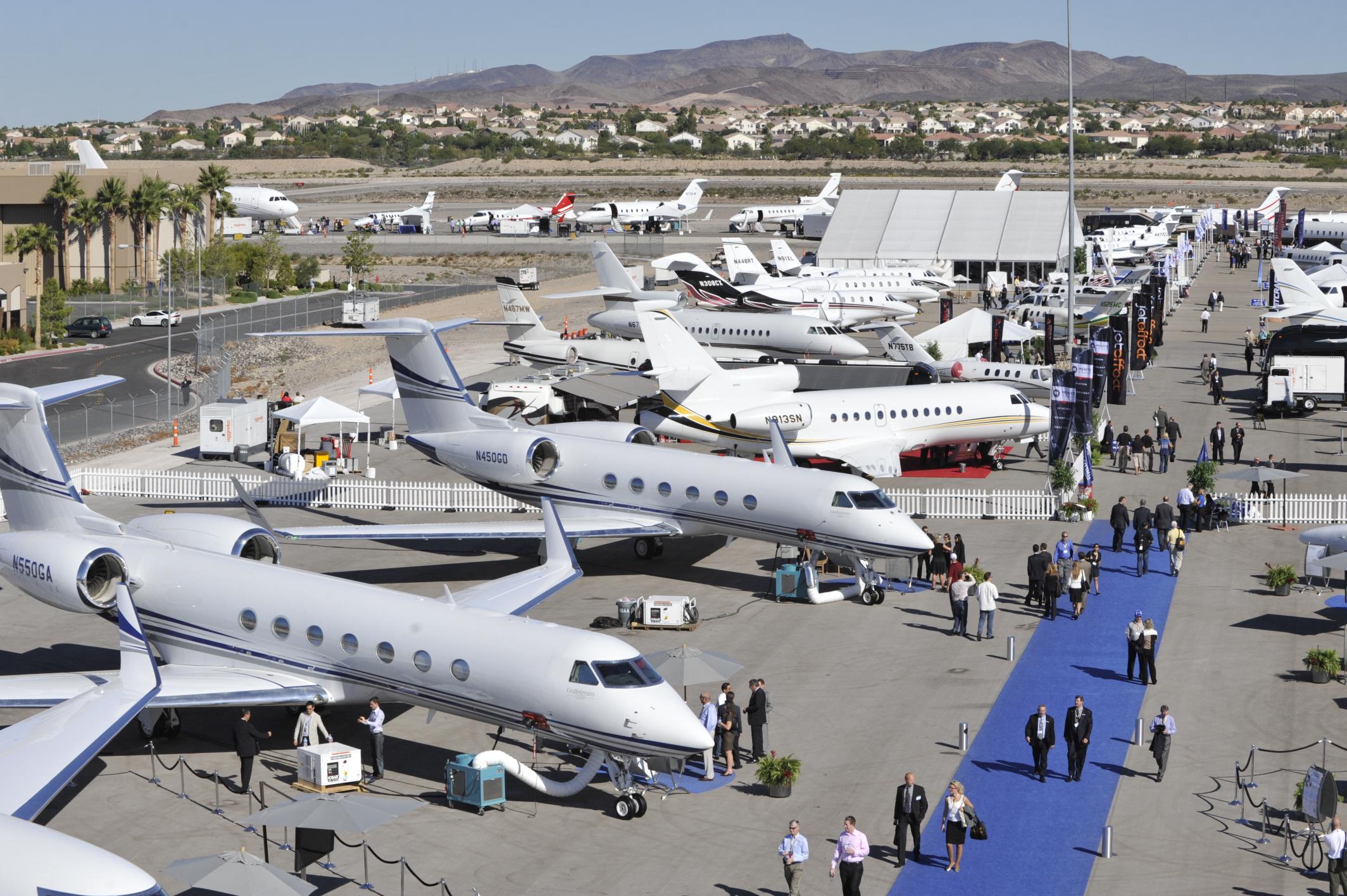 Business jetek kiállításon: mennyit vesznek majd meg az idén?