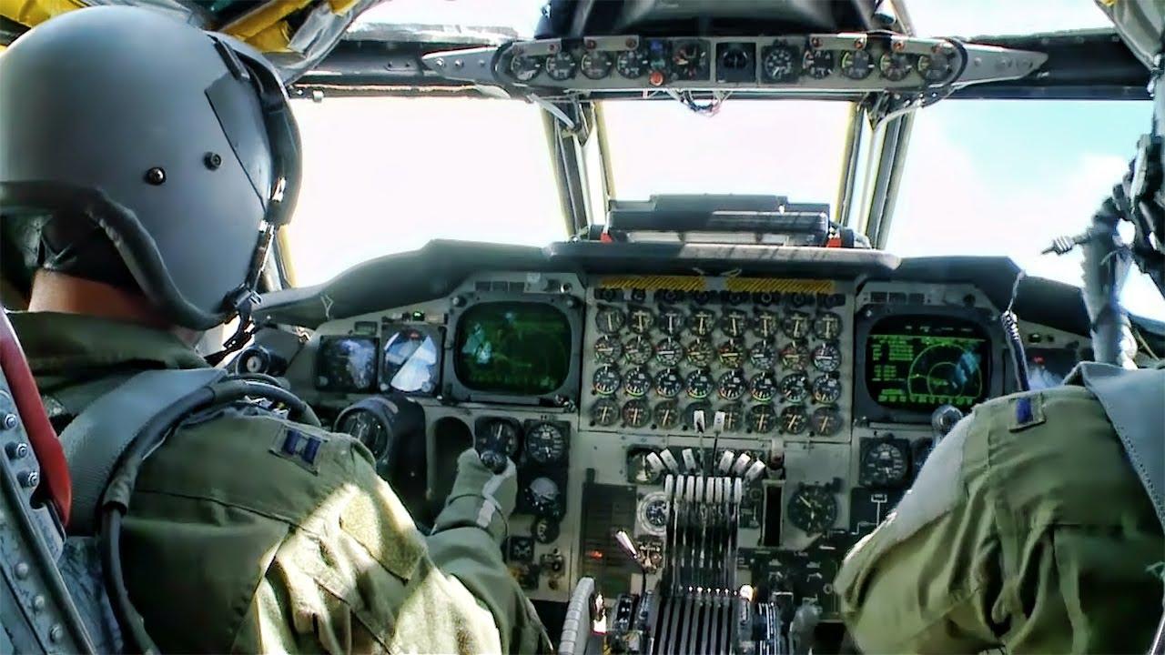 Klasszikus pilótafülke nyolc gázkarral: lehetne elég négy is?