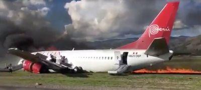 Lecsúszott a pályáról és elégett a 737-es