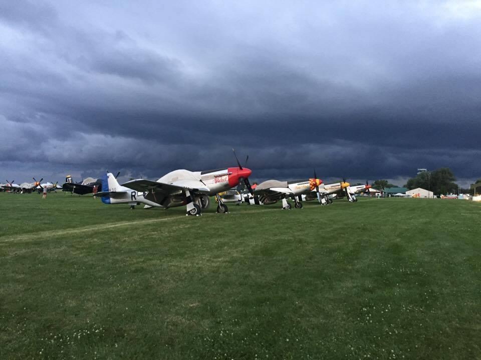 Mustangok pihenője a felhők alatt