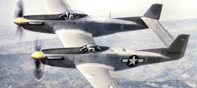 Véletlenül felszállt: újra a levegőben az iker-Mustang!