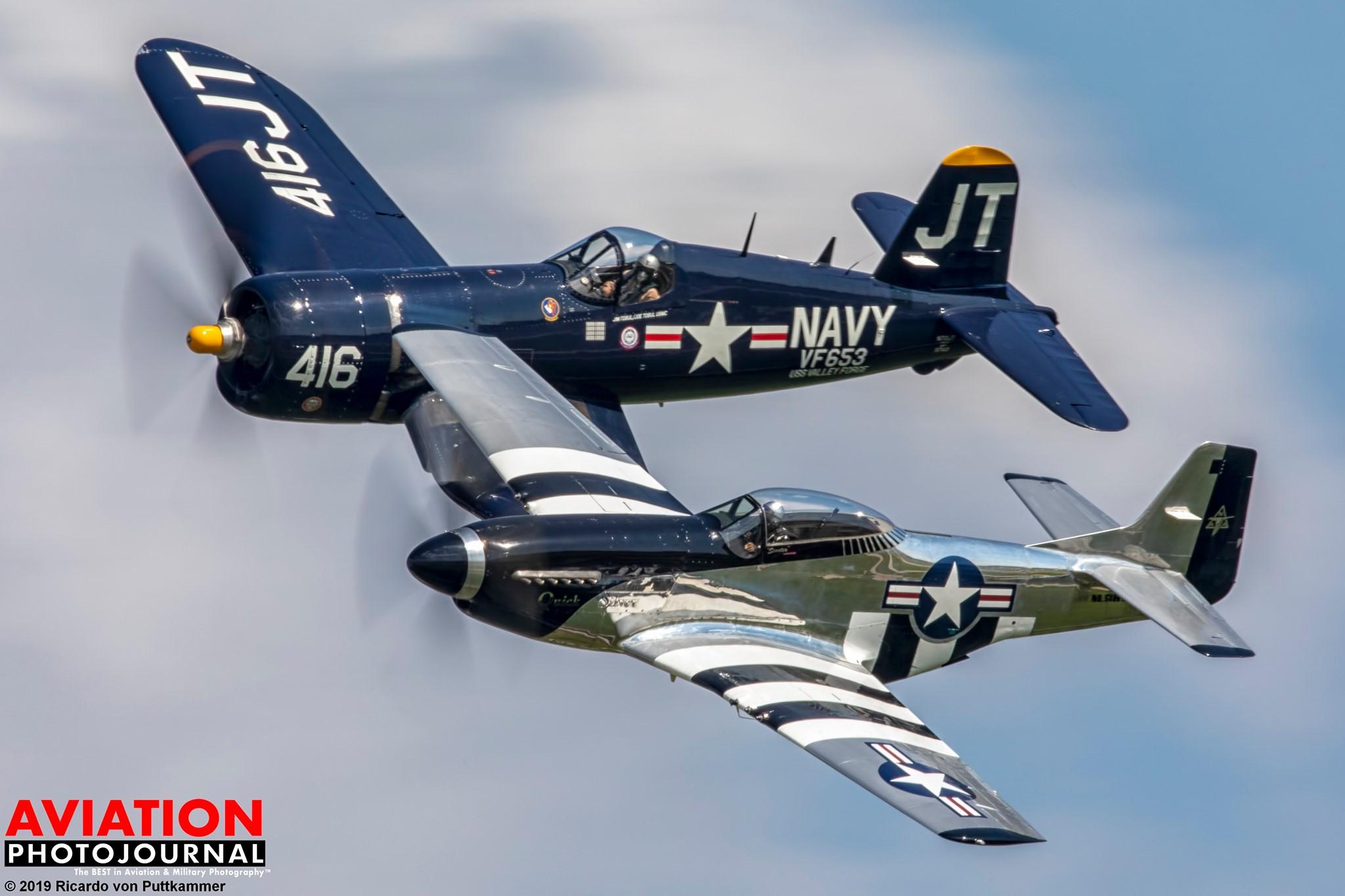 A világháború két sikeres típusa: a haditengerészet Corsair és a légierők Mustang harci gépe