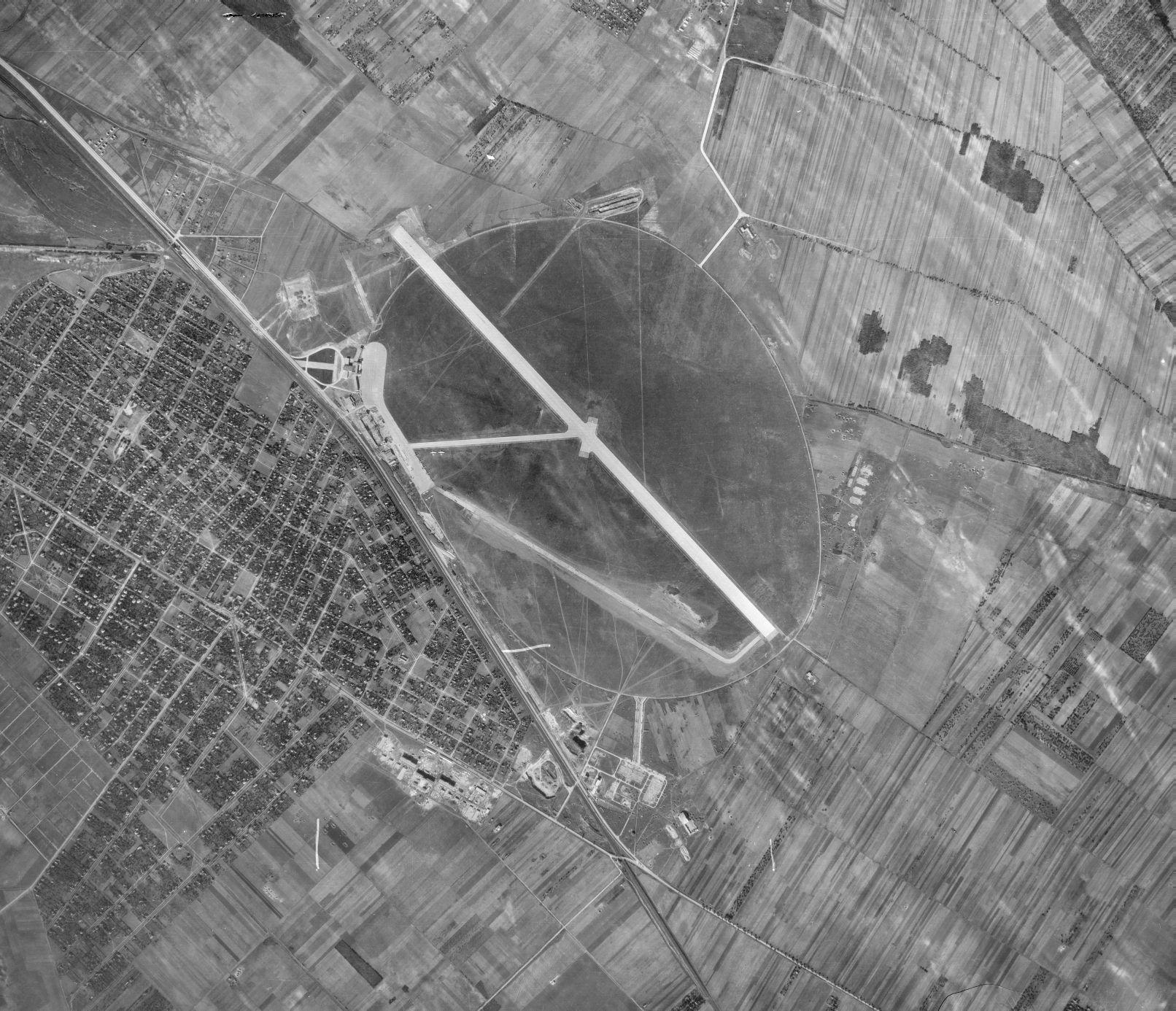 Légifotó 1950-ből (forrás: HM Térképészeti Közhasznú Nonprofit Kft.)