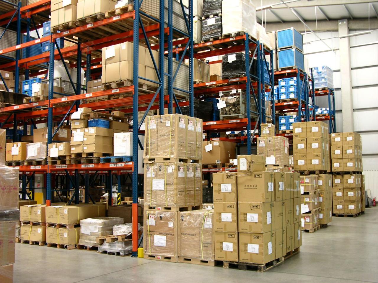 Más kategóriát kapnak a vámraktárak, az egyszerűsített eljárással támogatott D típus viszont már nem működik tovább
