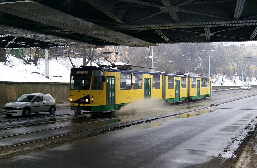Egy KT8D5 villamos Miskolcon.<br>(A külön nem jelölt fotókat a szerző készítette)