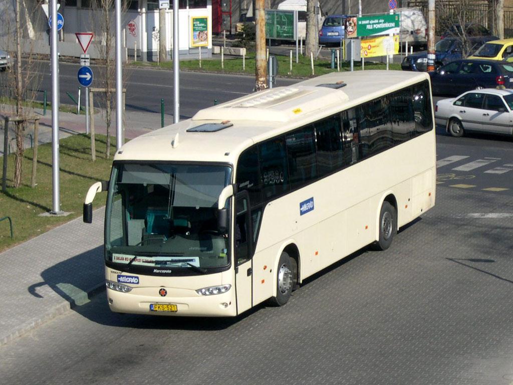 A buszos pótjegynek már nem feltétele az autópályán haladás<br/>(fotó: Istvánfi Péter)