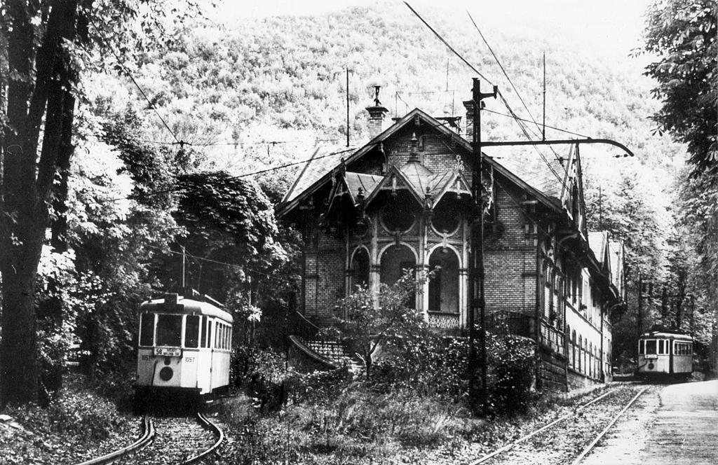 A régi zugligeti végállomás<br>(forrás: Komjáthy Zoltán gyűjteménye)