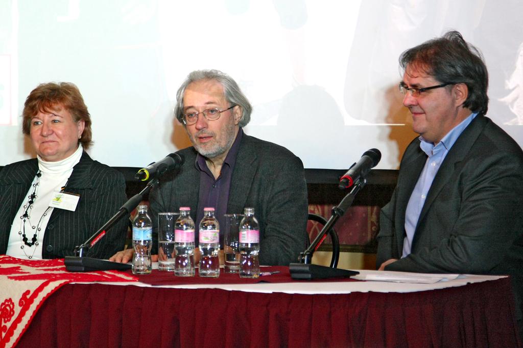 A 2014-es útról a Baobab Travel vezetője, Hegedűs Zsuzsa, Sebő Ferenc és az Indóház kiadó vezetője, T. Hámori Ferenc tájékoztatta a sajtót