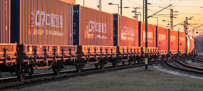 Kettő kétfelé, de ugyanoda: exportvonatok indultak Kínába a BILK-ről