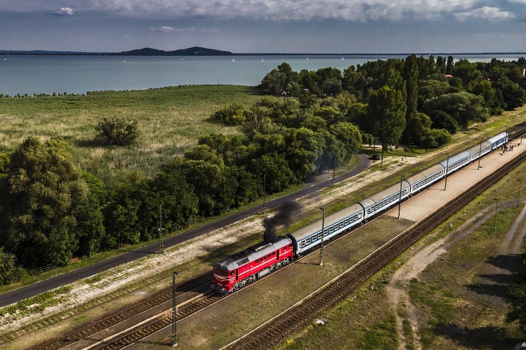 Ismét dübörögnek majd a vonatok élén a Szergejek, Púposok, és 424-es gőzös is csühög majd (fotó: MÁV-Start Zrt.)