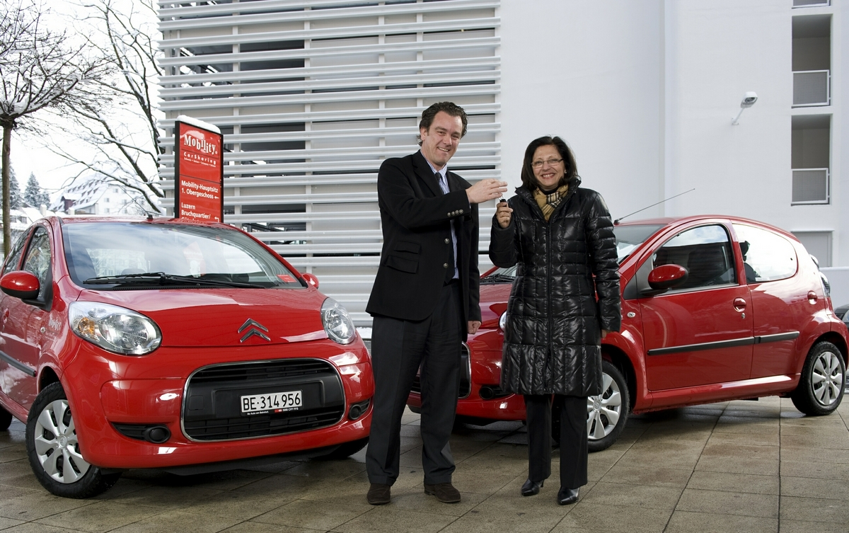 Citroën C1-esek vásárlásával a szerényebb pénzügyi keretekkel rendelkező ügyfelek számára kínál megoldást a Mobility<br>(fotó: www.mobility.ch)