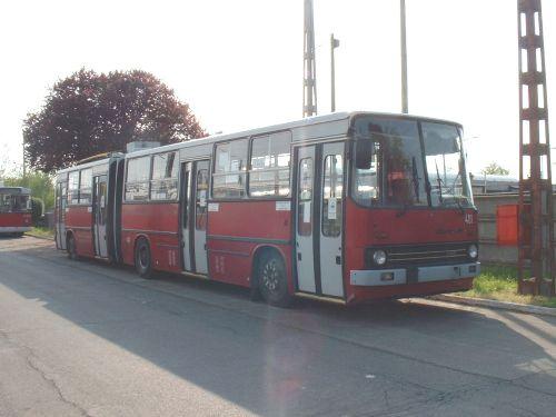 Ziu elektronikás Ikarus 280-as a telepen