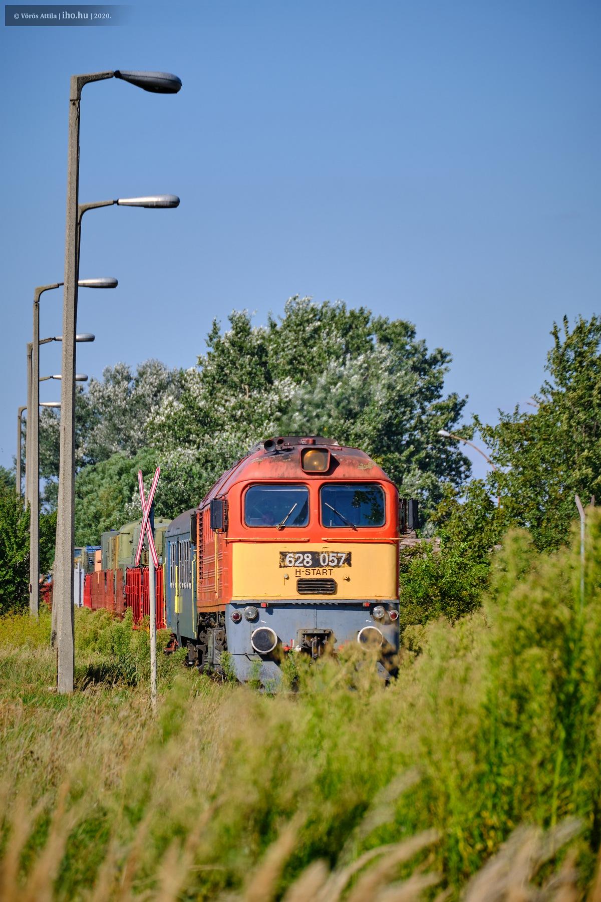 A 145-ös vonal forgalmába illeszkedve futhatott be Kecskemét állomásra a katonavonat