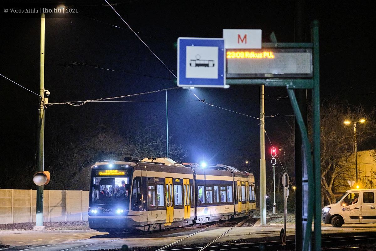 A tramtrain először gurul rá az 1-es villamos vonalára Rókusnál. A képre kattintva galéria nyílik Vörös Attila fotóiból!