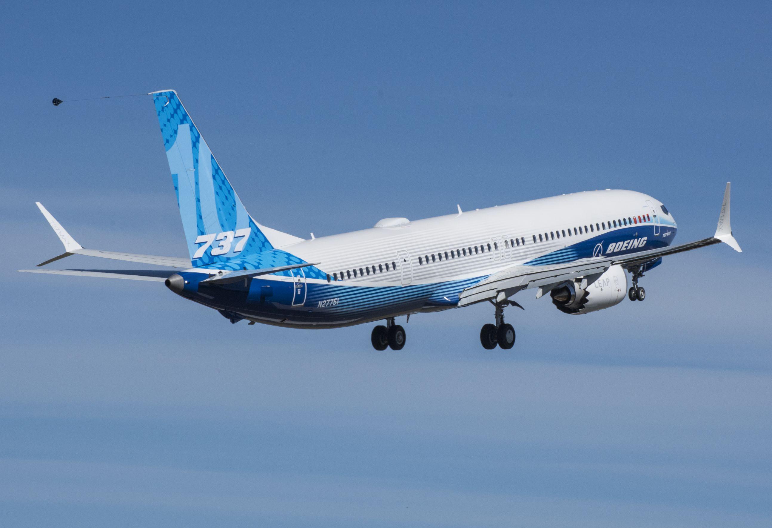 (fotók: Boeing, United Airlines)