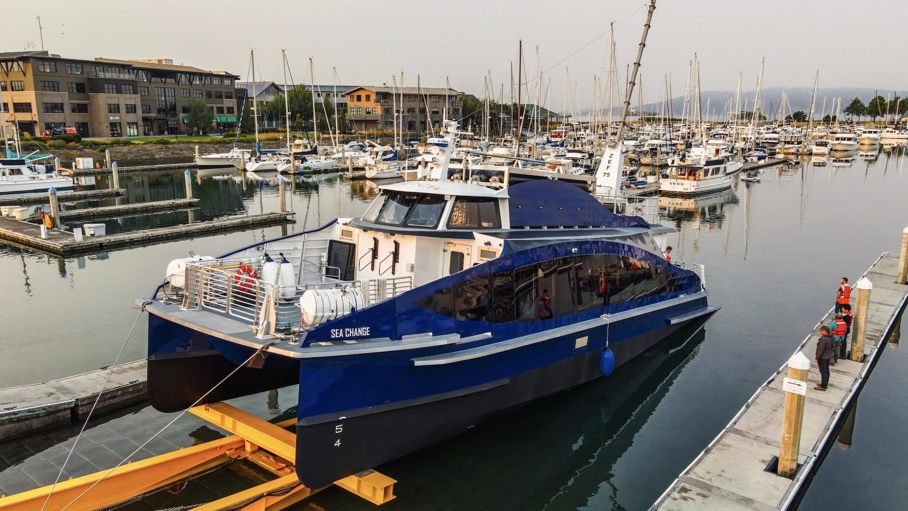 A Dubbed Sea Change az első menetrend szerinti üzemanyagcellás személyszállító katamarán
