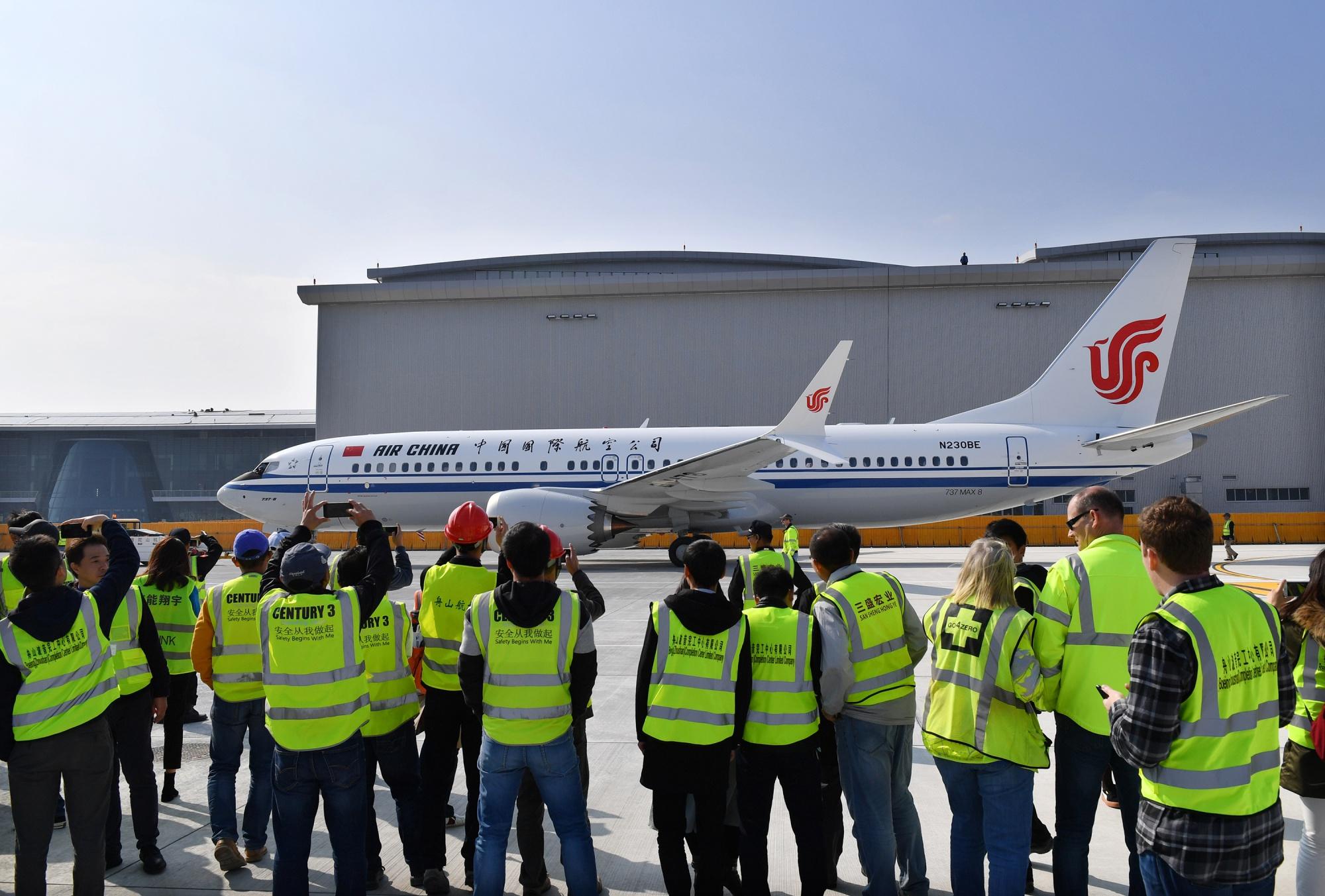 Amikor még kínai légitársaság átvehette és forgalomba állíthatta a MAX-okat