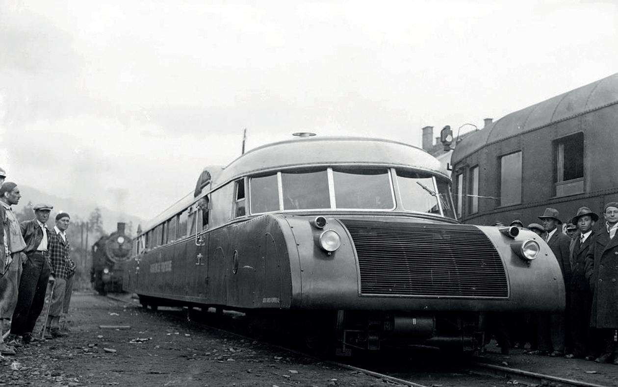 A lengyel Luxtorpeda (vagyis Luxus Torpedó) mintegy másfél méterrel volt alacsonyabb a szokásos vasúti személykocsiknál. A PKP osztrák Luxtorpedáját SAx 90 080 pályaszámon vették állományba, a lengyel gyártmányúakat a SAx 90 081–085 pályaszámcsoportba sorolták