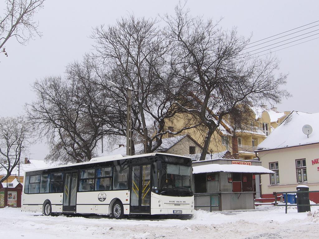 Egy Ikarus E127