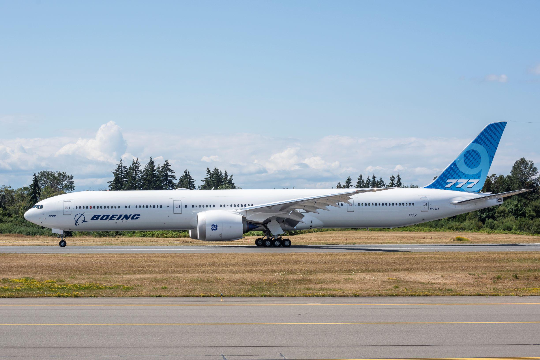 (fotók: Boeing/Lufthansa/Twitter)