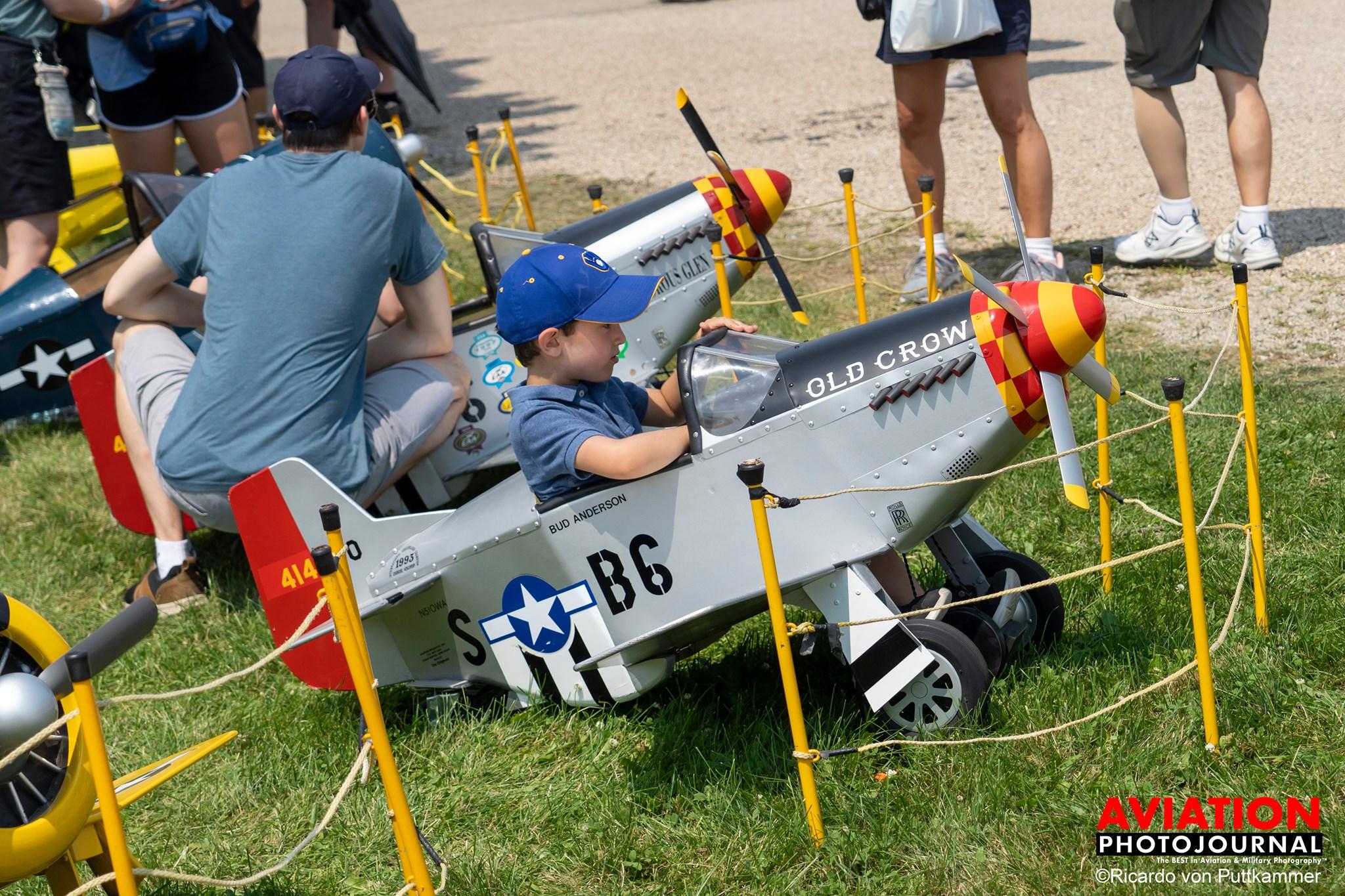 A mai pilótahiányos időkben fontos döntés volt az AirVenture nyitása a kicsik és a fiatalok felé