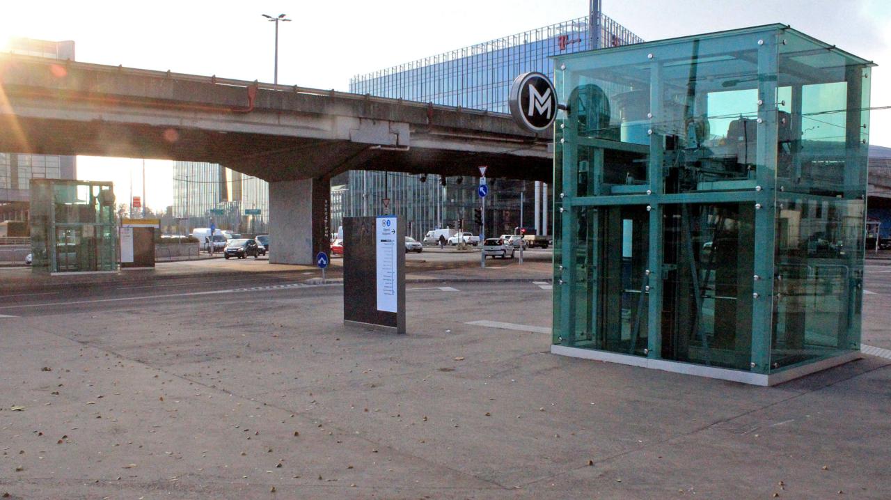 Lift a Népligetnél (fotó: Horváth Bence)