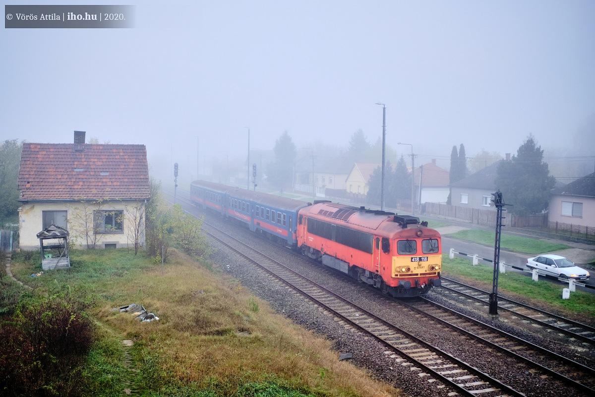 A 118-as Csörgő novemberben költözött Dombóvárról Hatvanba a 122-es társával együtt. Mindkét gép a 81-es vonalon dolgozik azóta