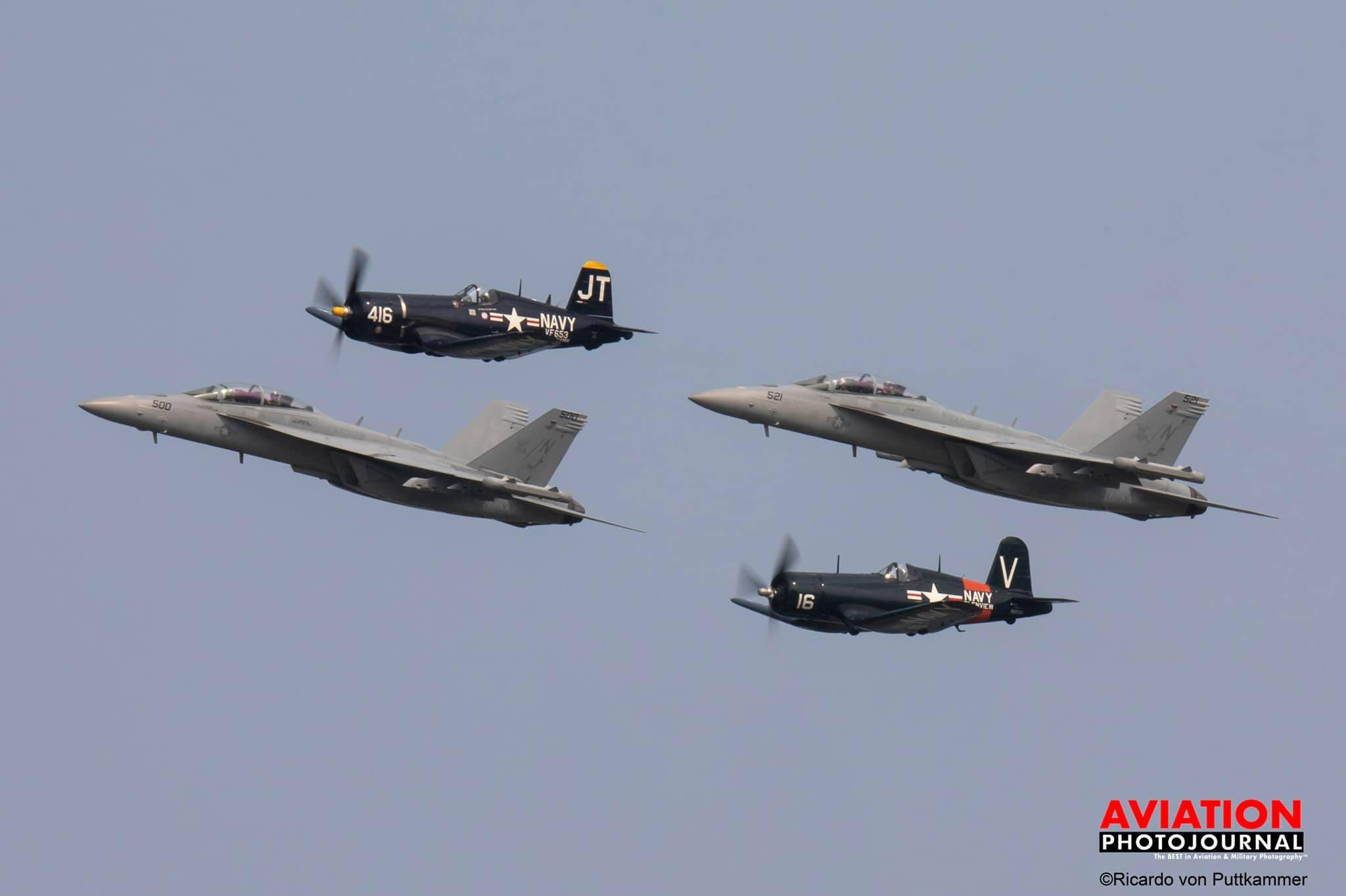Corsair-F/A-18 kötelék: egykori és mai tengerészeti gépek