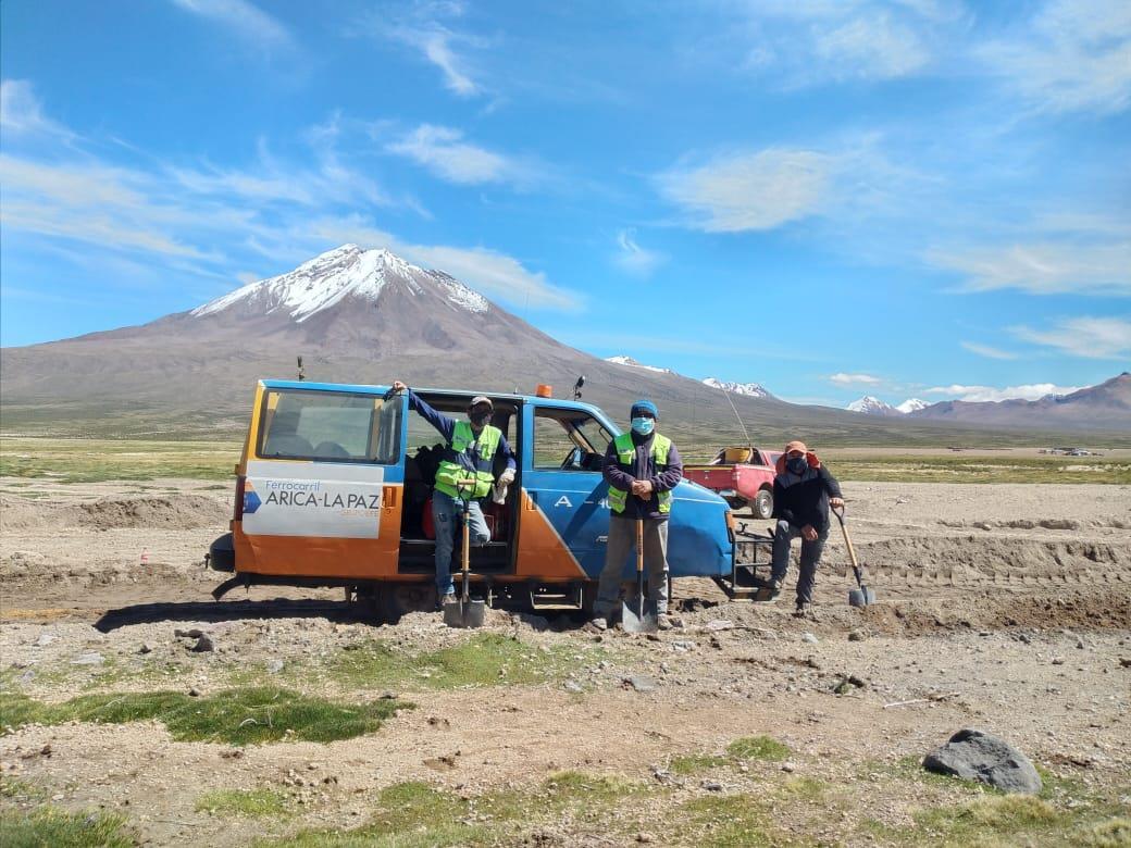 Az elmúlt hónapok során számos szakaszon állították helyre a pályát a vonal chilei szakaszán (képek forrása: Railway Gazette)