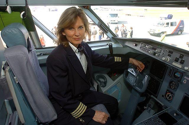 Czigány Ildikó a Fokker kapitányaként