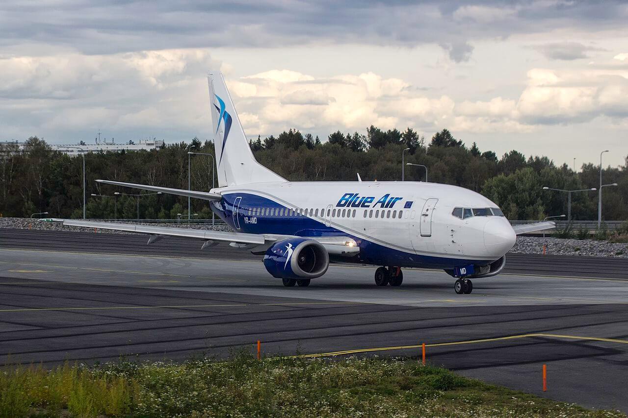 A Blue Air 737-500-asa - most már az új társaságé (fotó: Wikimedia)
