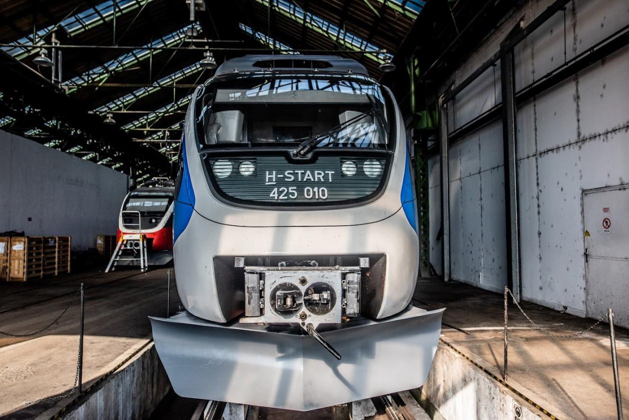 Évente több száz járművét korszerűsíti a MÁV-Start, többek között a Bombardier Talent motorvonatok is megújulnak (fotók: MÁV-Start Zrt.)
