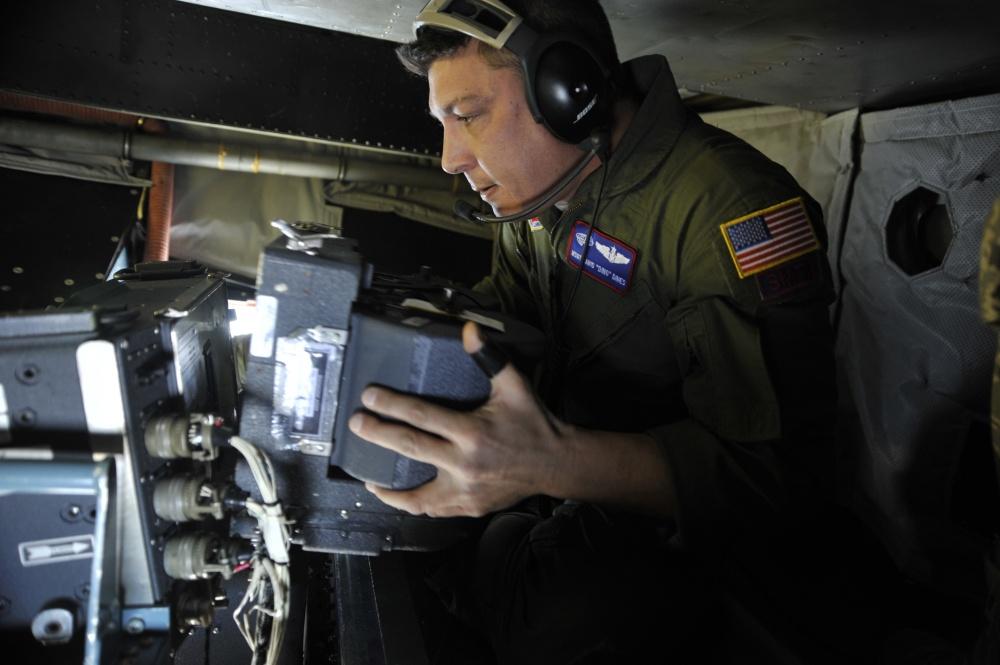 Kazettacsere  a fotófelderfítő fedélzetén