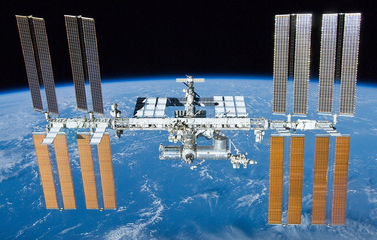 Az oroszok csak fokozatosan hagyják el a Nemzetközi Űrállomást